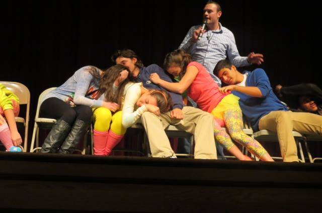 Many+Barnstable+students+get+hypnotized+by+Dan+Candell.
