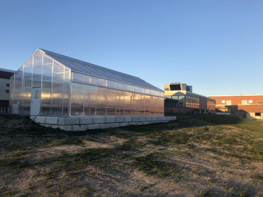 Photos+of+new+Science+lab+display+exterior+and+interior+of+the+structure.+Courses+in+Environmental+science+will+be+held+here+in+the+near+future.