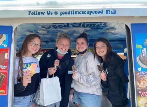 Seniors, (left to right) Amy Kristofferson, Gracie Davis, Josie Ackell, and Leah Pierce enjoy ice cream at a senior event.